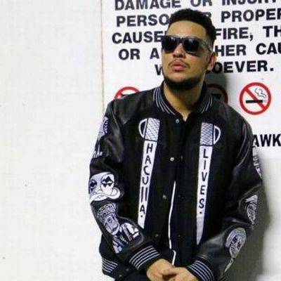 AKA shows off his Boxing Skills